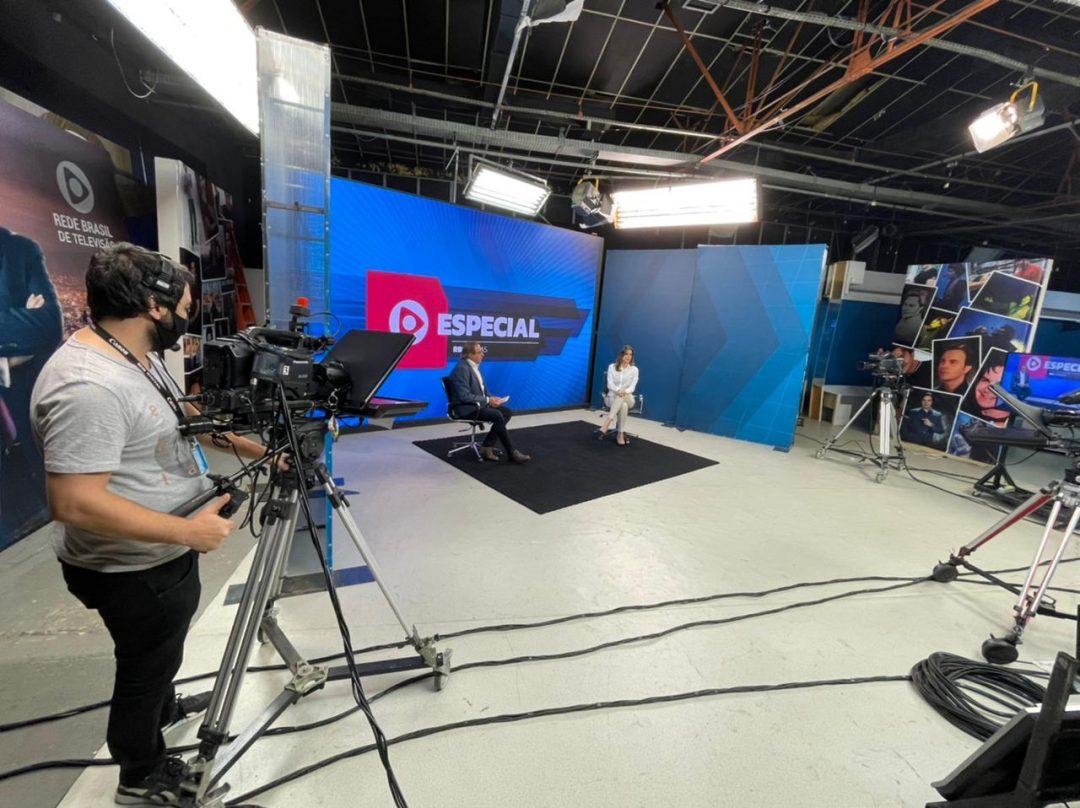Entrevista – segunda-feira (29/03), às 16h30